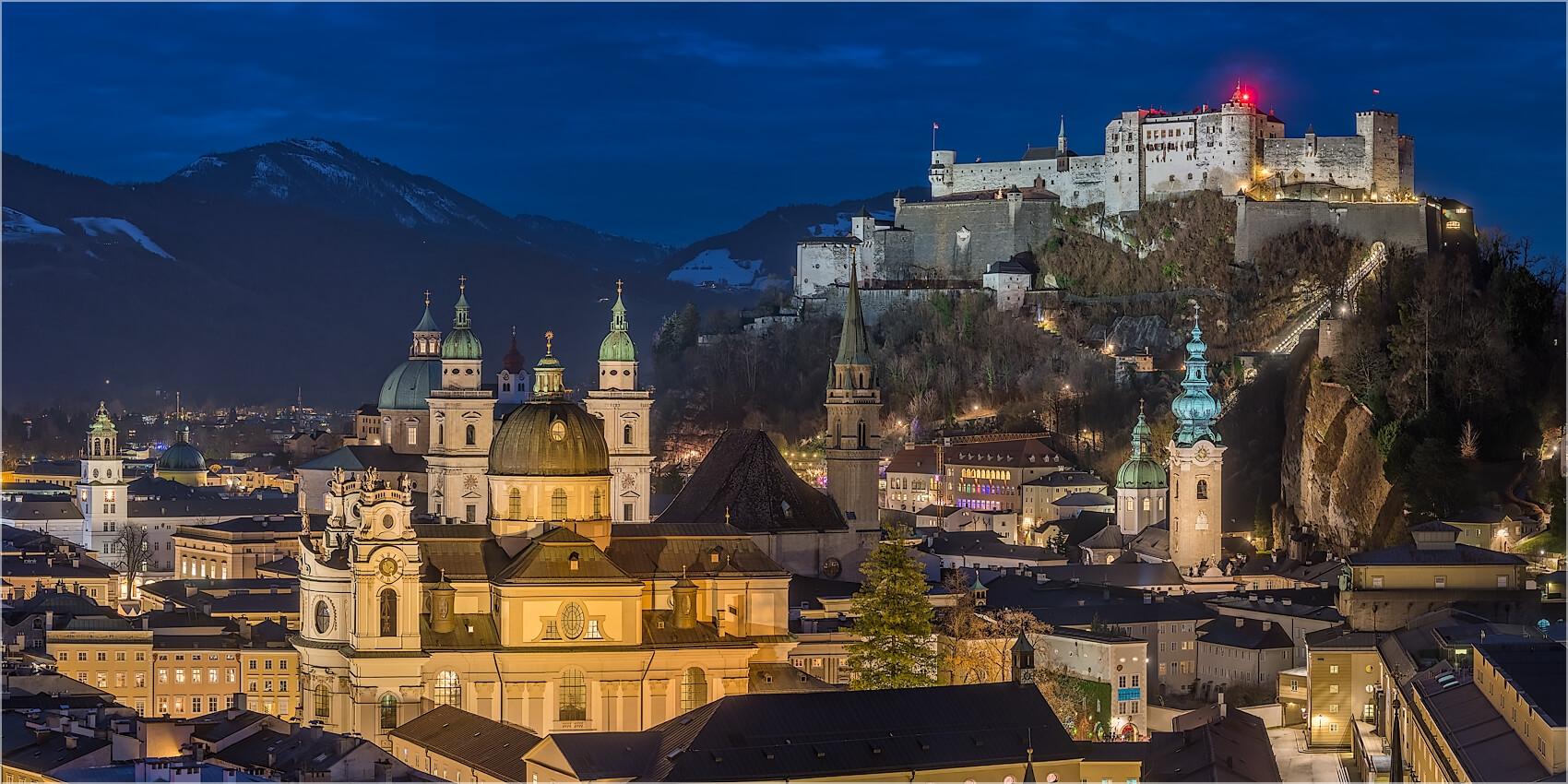 Panoramabild Salzburg Burg Dreifaltigkeitskirche