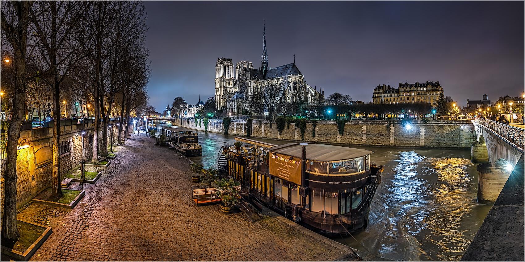 Panoramabild Paris Kanal mit Notre Dame
