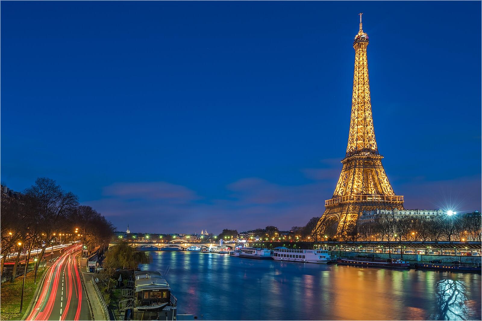 Wandbild Paris Eifelturm am Abend