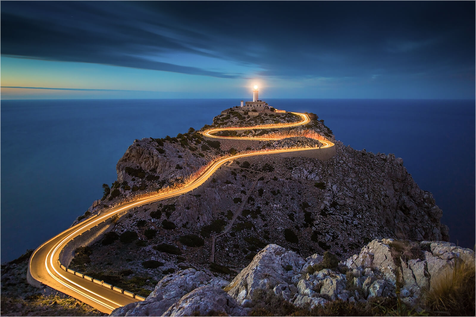 Wanddeko Leuchtenspuren Cap Formentor Mallorca