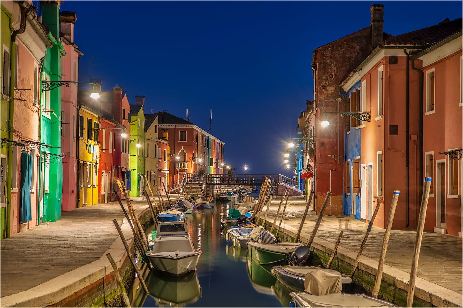 Wanddeko Kanal in Burano bei Venedig