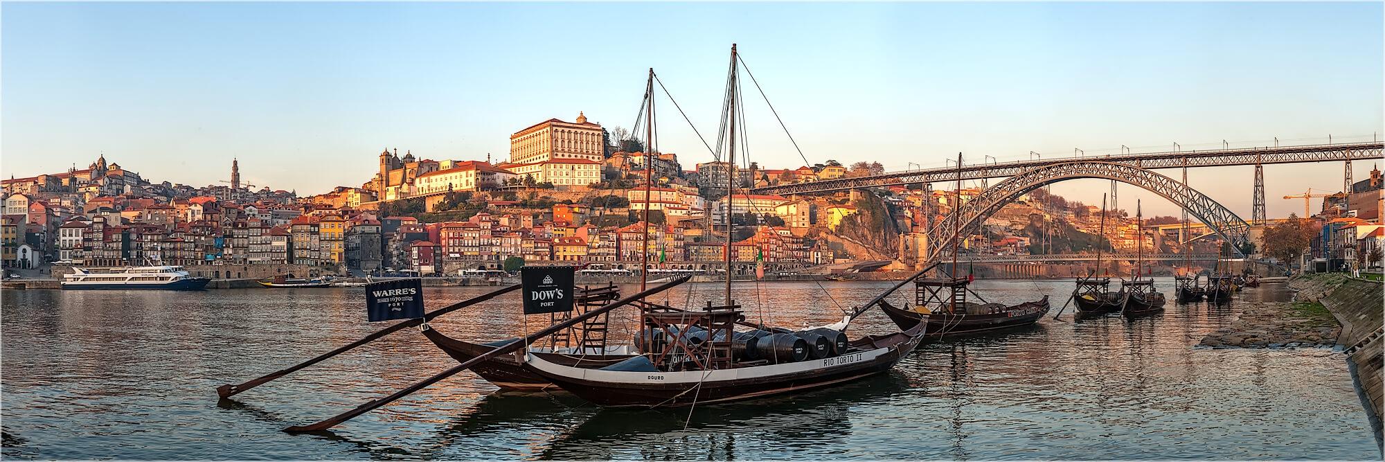 Panoramafoto Porto Portugal Portweinkähne