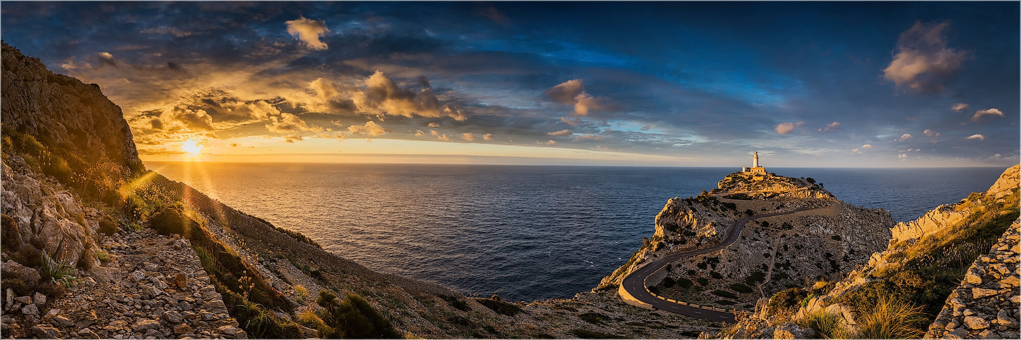 Panoramabild Sonnenuntergang Cap Formentor Mallorca