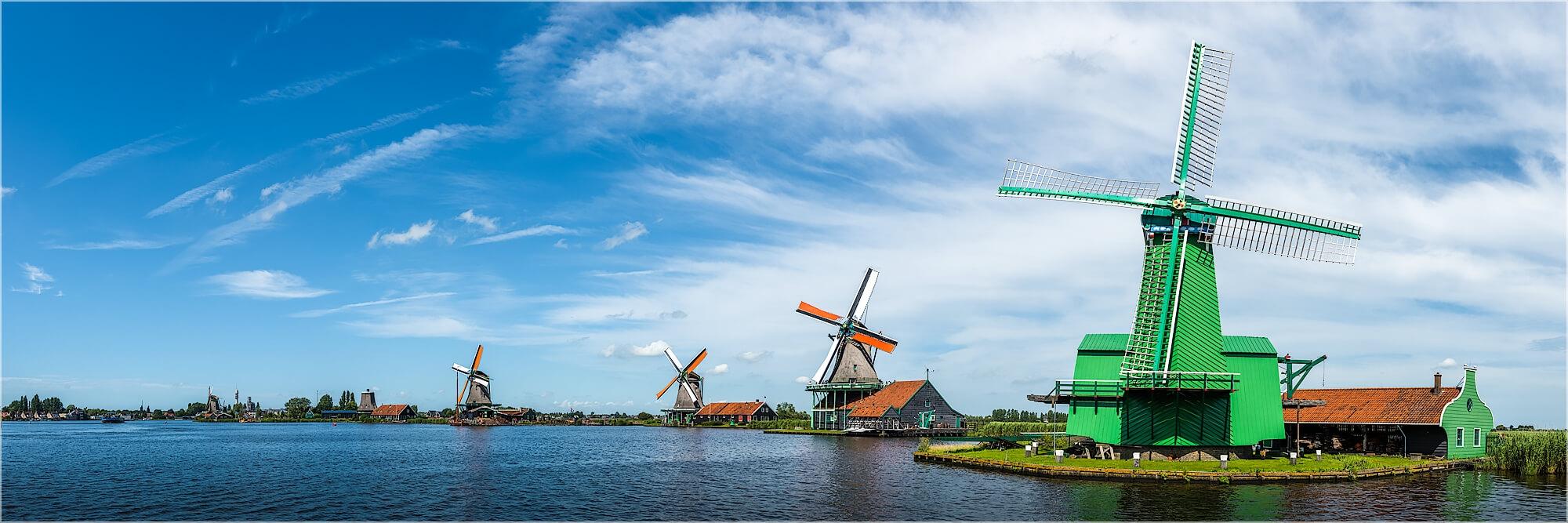 Panoramafoto Windmühlen bei Zaandam Holland
