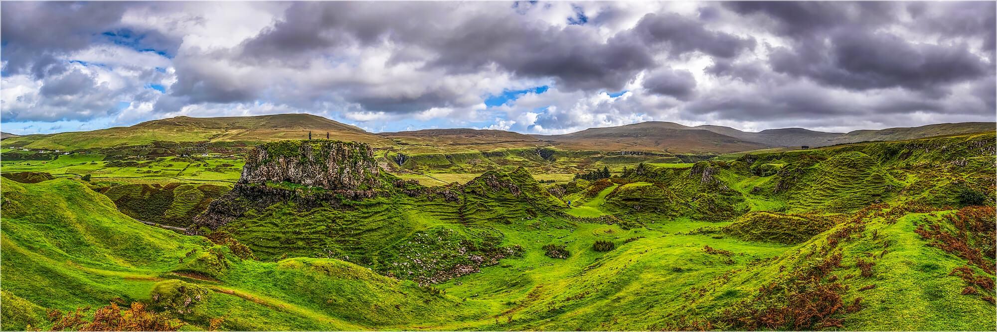 Panoramabild Schottland Isle of Skye Fairy Glen Berge