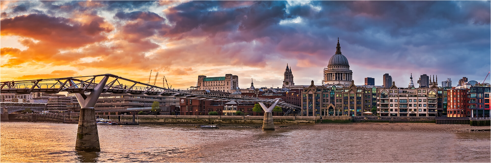 Panoramabild London Millenium Bridge St. Pauls Cathedral