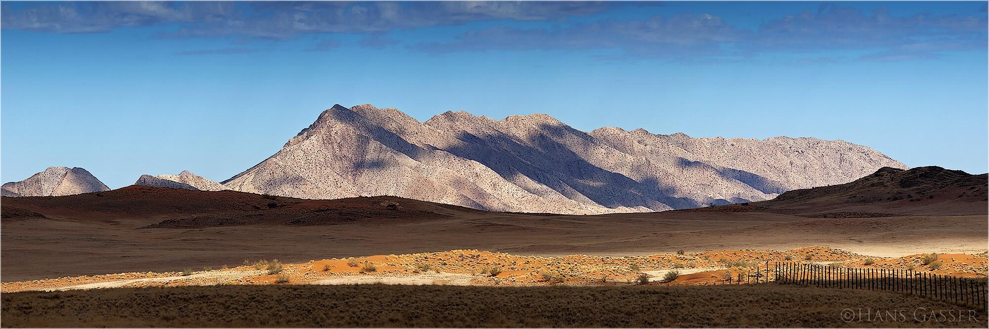 Panoramafoto der Landschaft Namibias