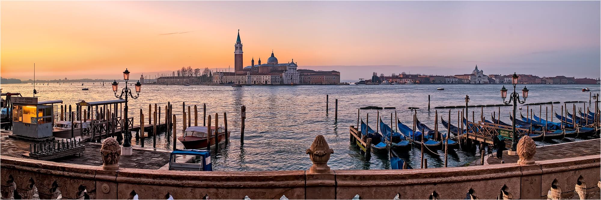 Panoramabild Venedig Italien in der Morgendämmerung