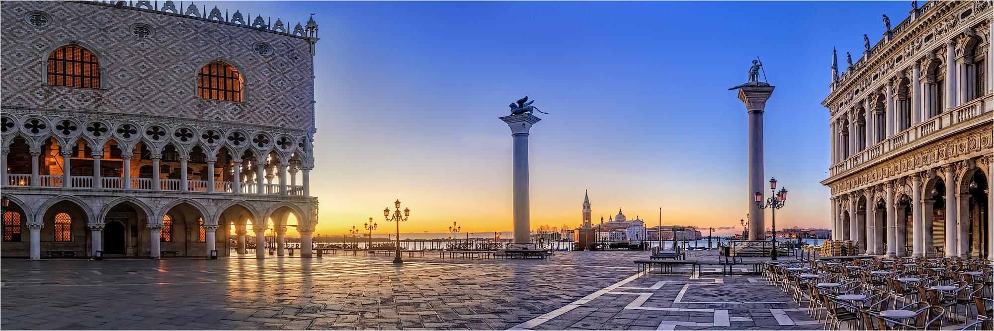 Panoramafoto Sonnenaufgang San Marco Venedig Italien
