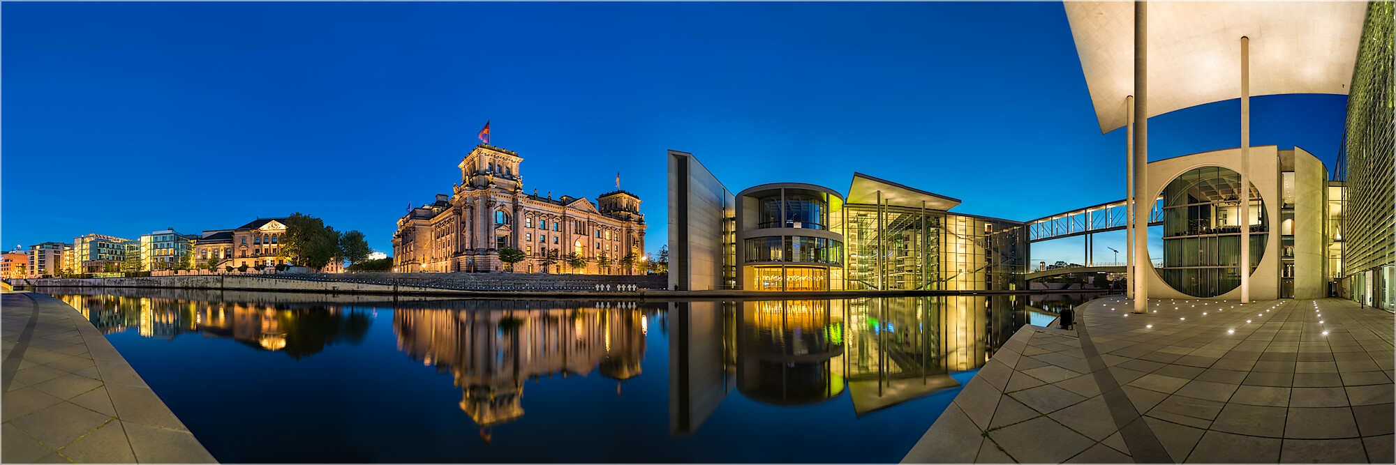 Panoramabild Berlin Reichstag am Spreebogen