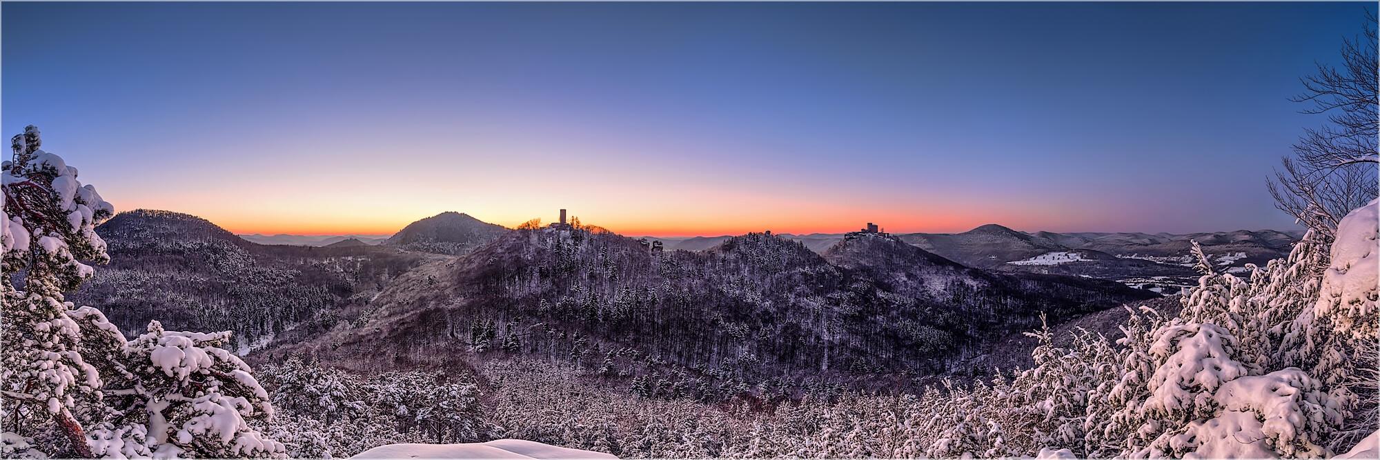 Panoramabild Winter in der Pfalz bei Annweiler