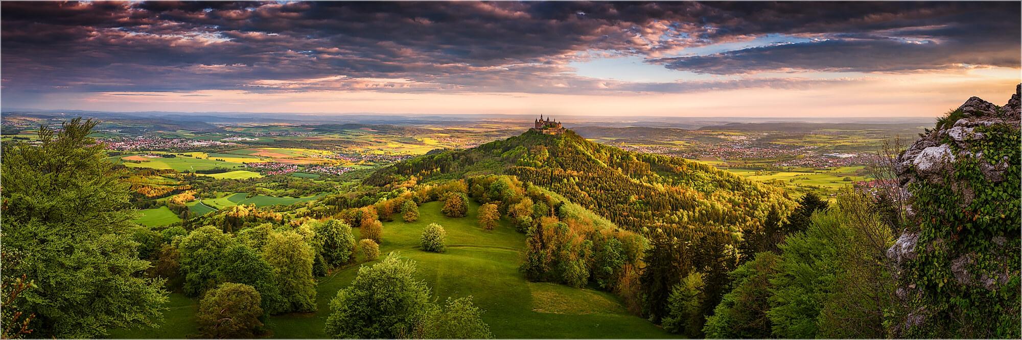Panoramabild Sommermorgen auf der schwäbischen Alb