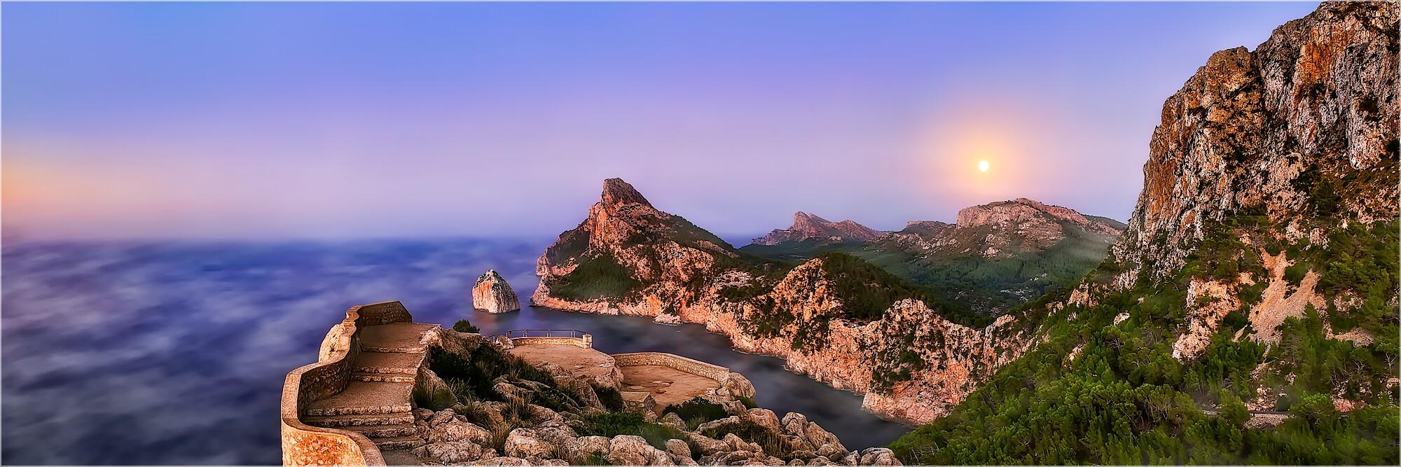 Panoramabild Nebeltag am Cap Formentor Mallorca