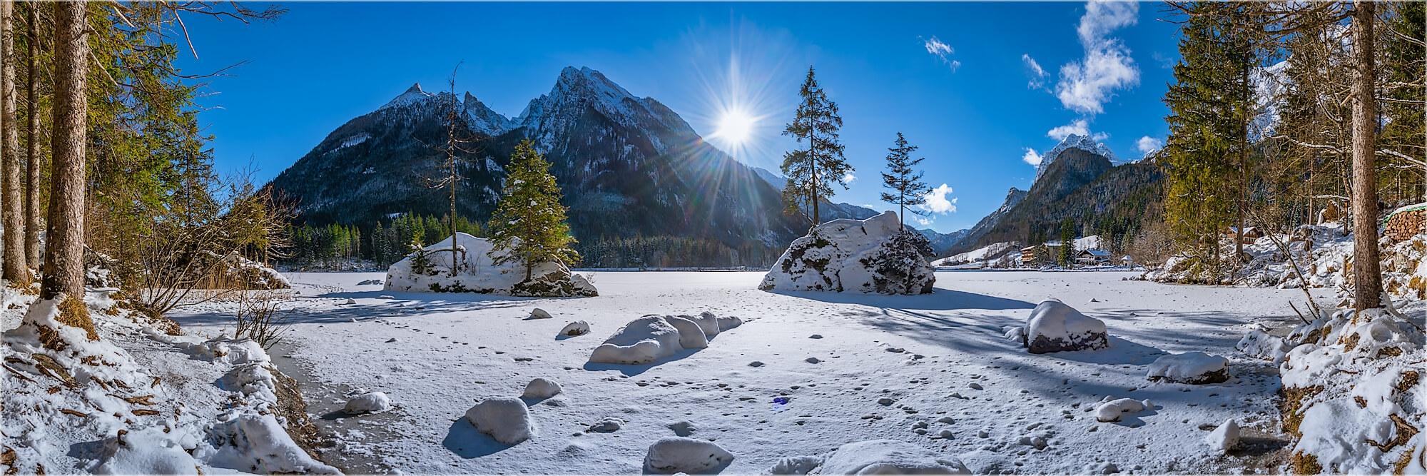 Panoramabild winterlicher Hintersee Berchtesgaden