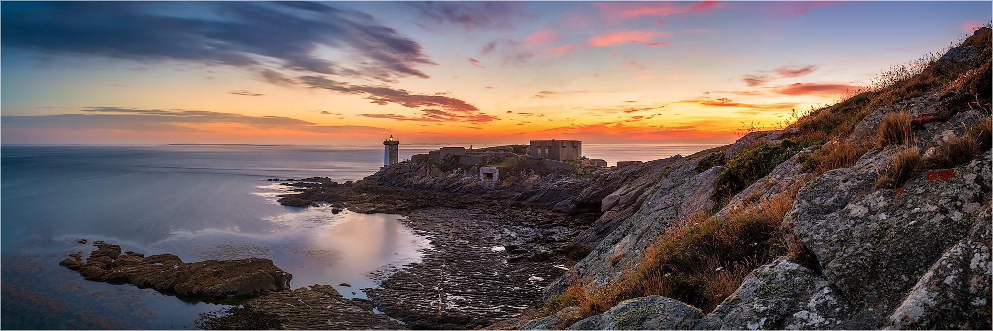Panoramafoto der Atlantiküste Bretagne Frankreich