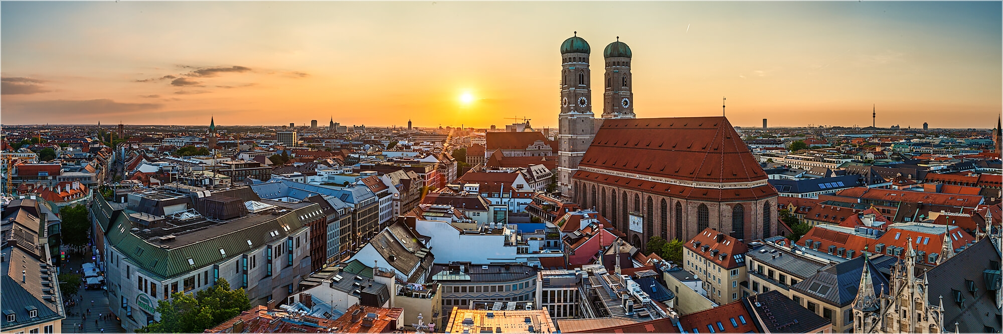 Panoramafoto Sonnenuntergang über München