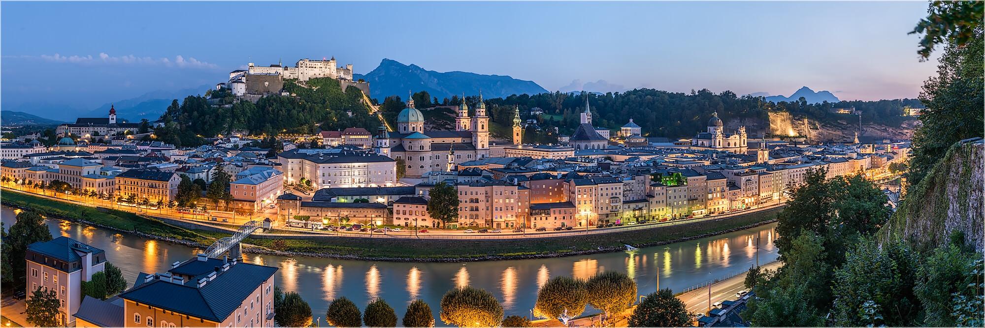 Panoramabild Salzburg im Sonnenuntergang