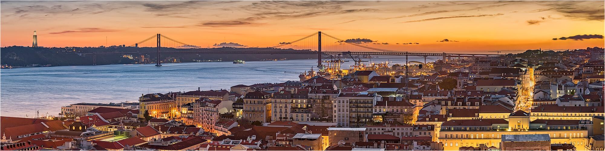 Panoramabild Lissabon Blick über die Altstadt