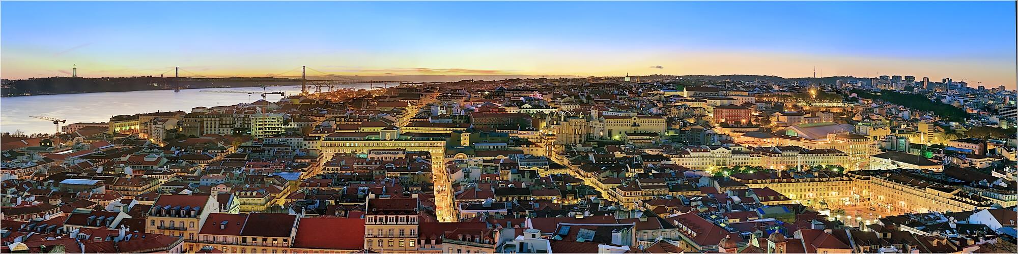 Panoramabild die Altstadt von Lissabon
