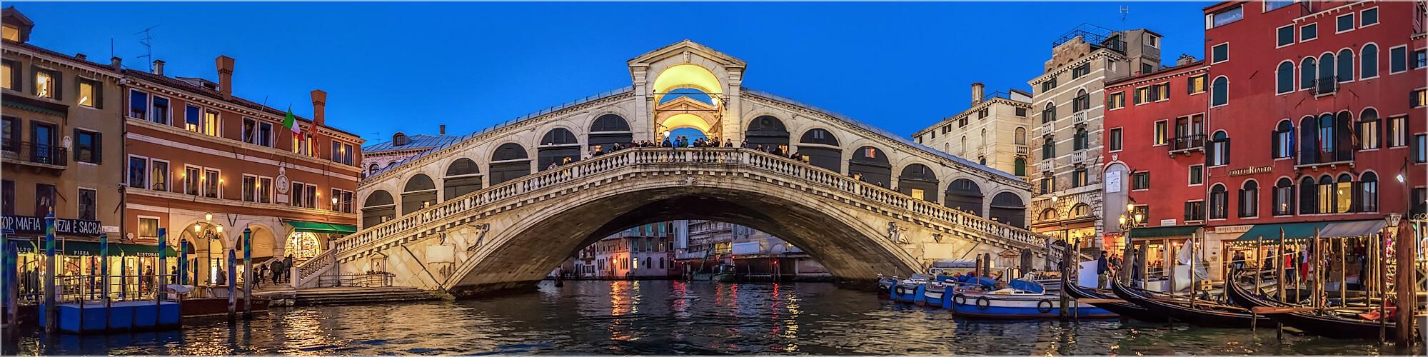 Panoramabild Rialto Brücke von Venedig Italien