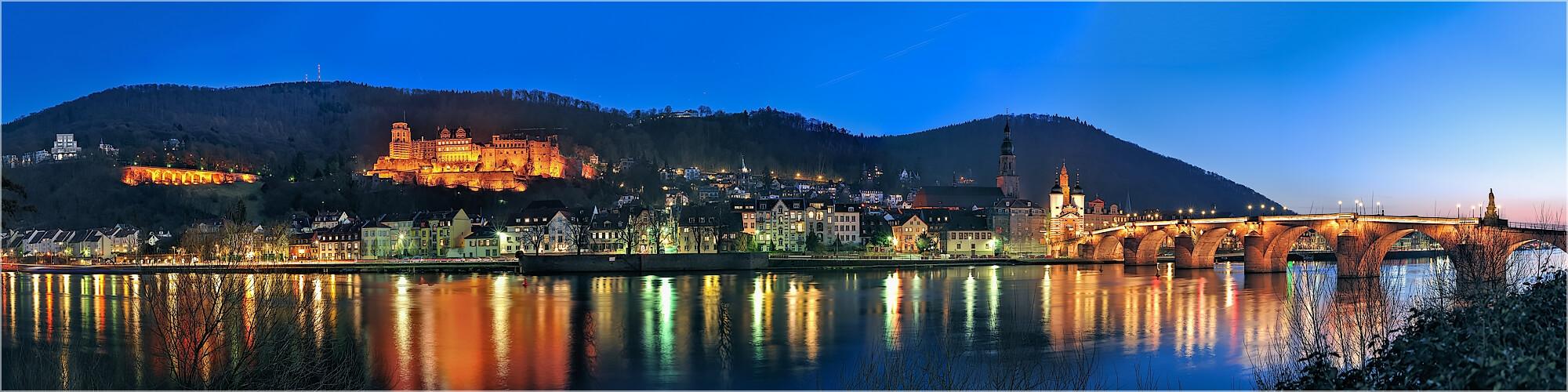 Panoramabild Heidelberg Schloß mit alter Brücke