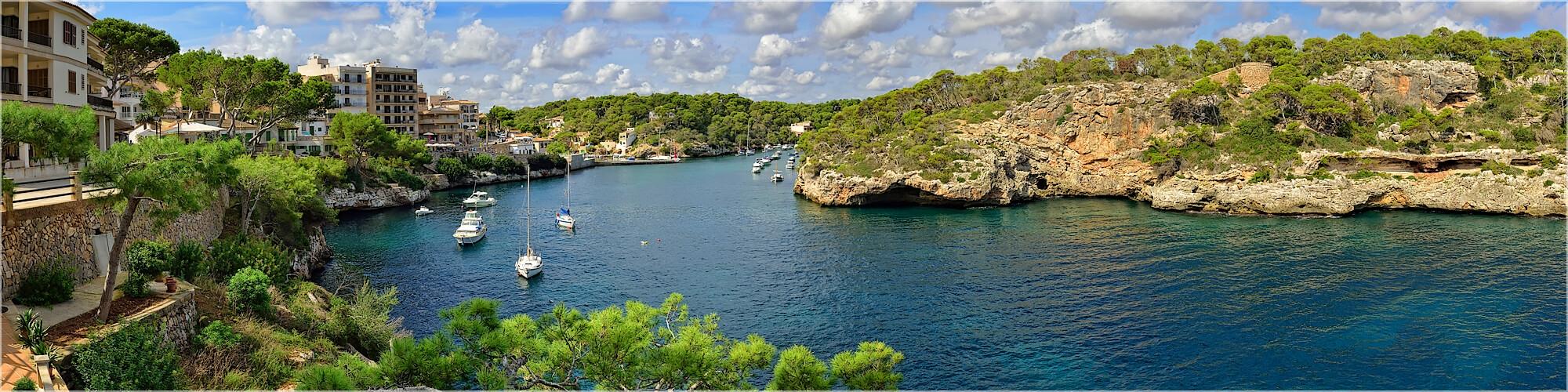 Panoramabild Fischerhafen von Cala Figuera Mallorca