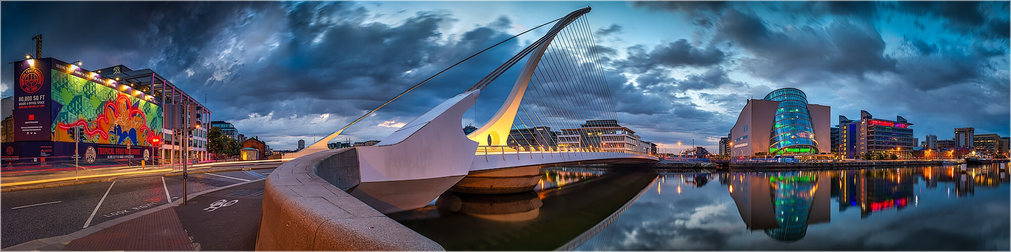 Panoramabild Samuel Beckett Brücke Dublin Irland