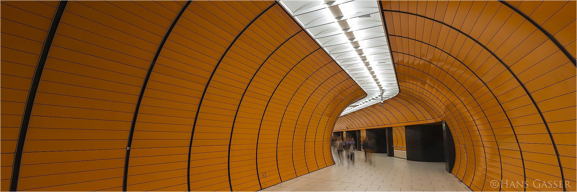 Panoramafoto Marienplatz München U-Bahn Station