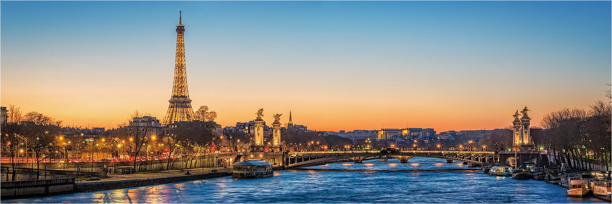 Panoramabild Abend an der Seine in Paris
