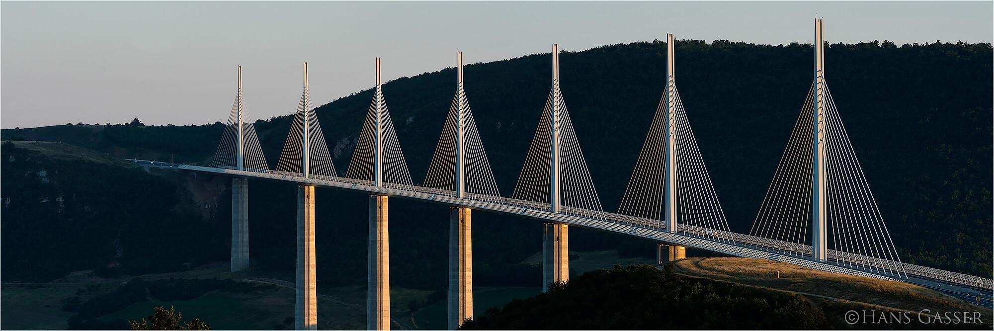 Panoramafoto Viadukt von Millau Frankreich
