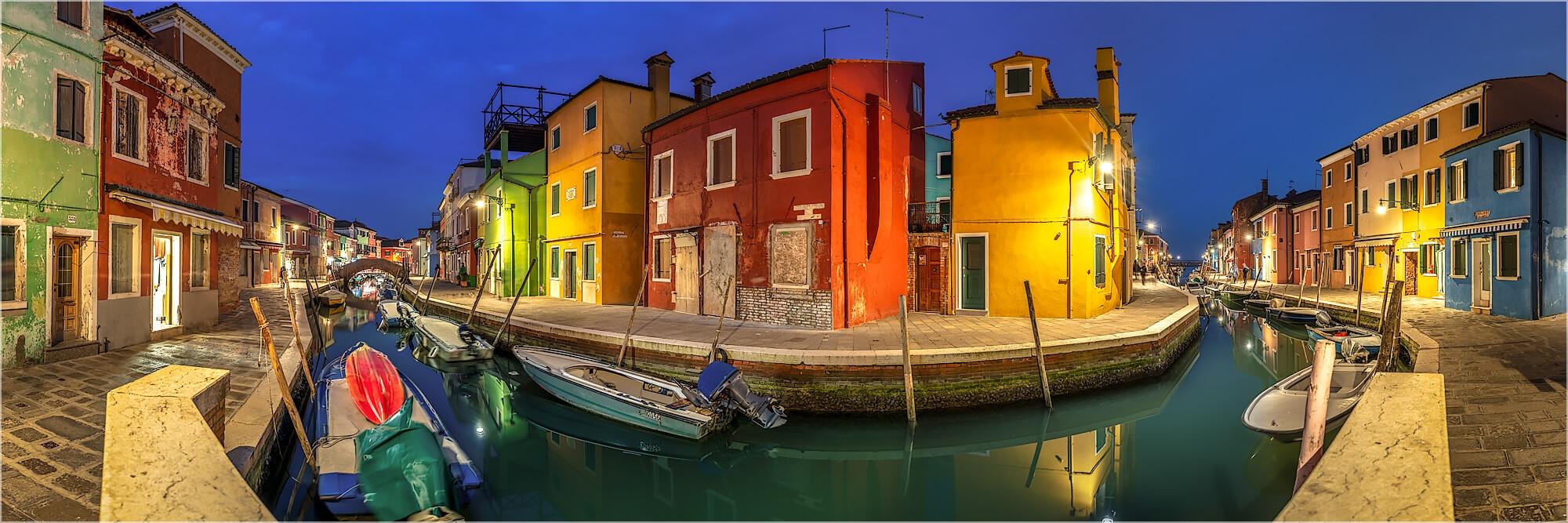 Panoramabild abends auf Burano Venedig