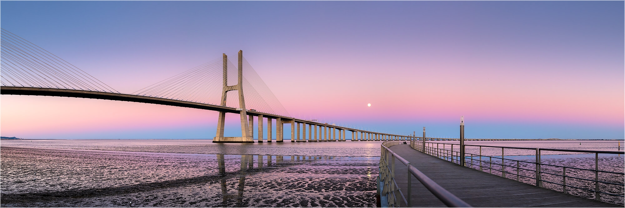 Panoramabild Vasco da Gamma Brücke Lissabon Portugal