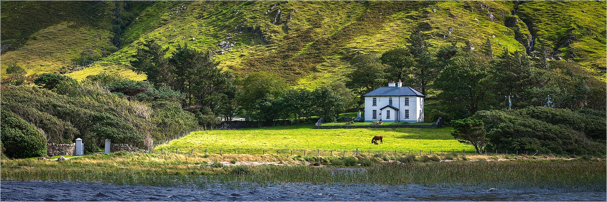 Panoramabild Landhaus am See Irland