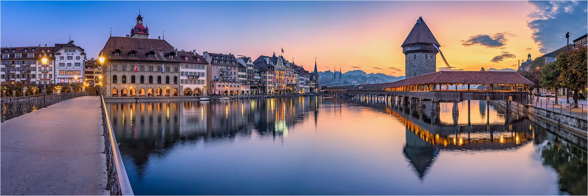 Panoramabild Luzern Schweiz am Abend