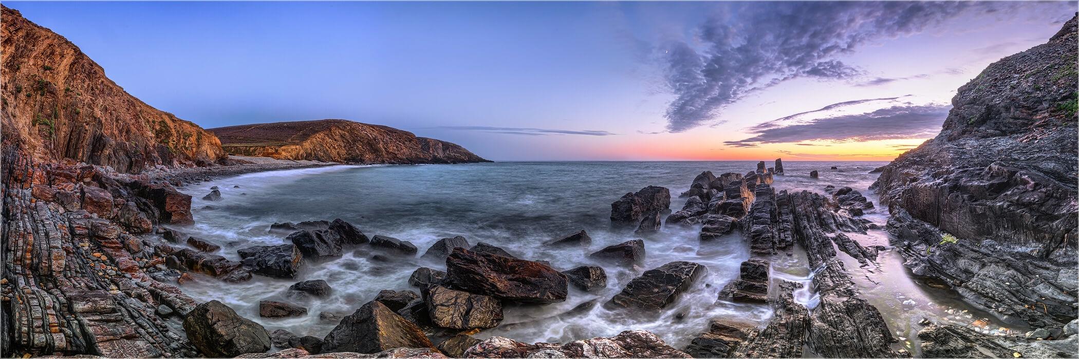 Panoramabild Felsenküste bei Porzh Mel