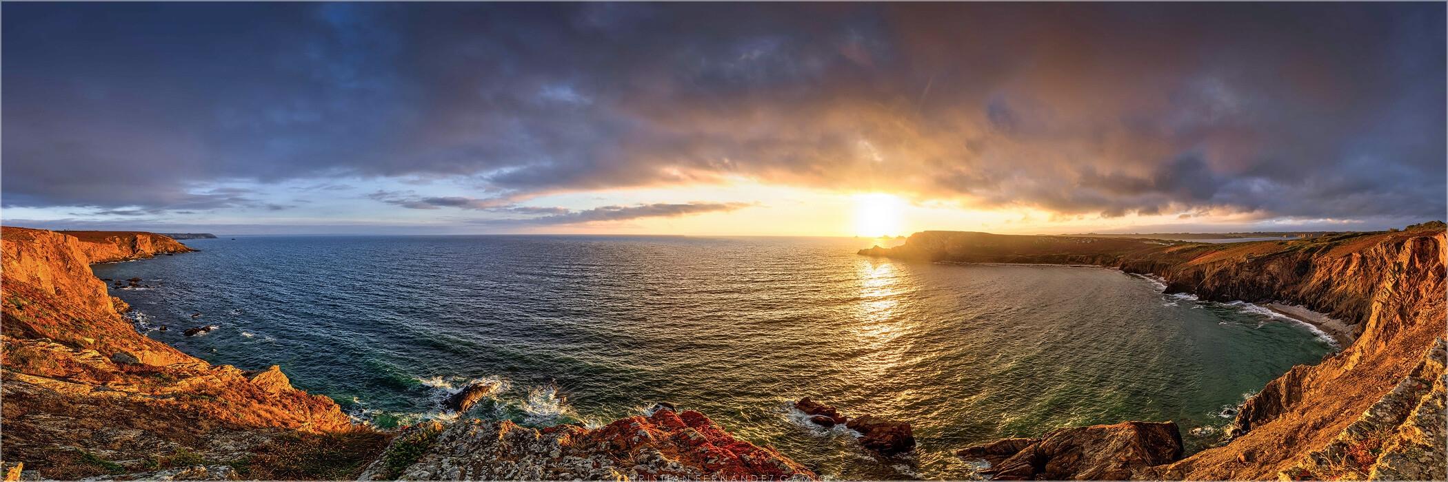 Panoramafoto An der Atlantikküste der Bretagne