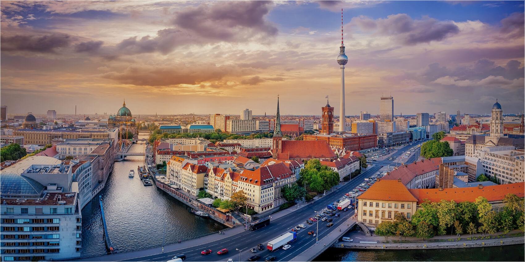 Panoramabild Blick auf Berlin Mitte